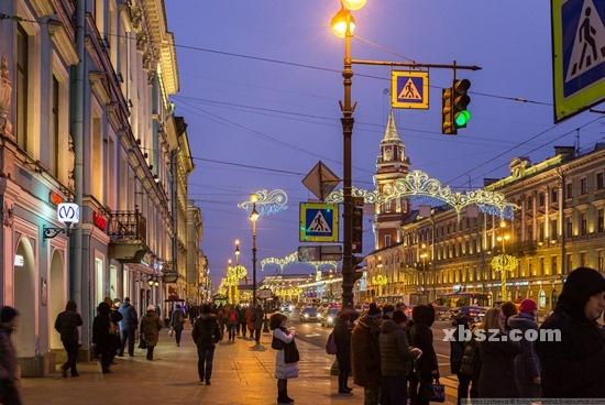 俄罗斯留学无论学什么,至少能学一门外语